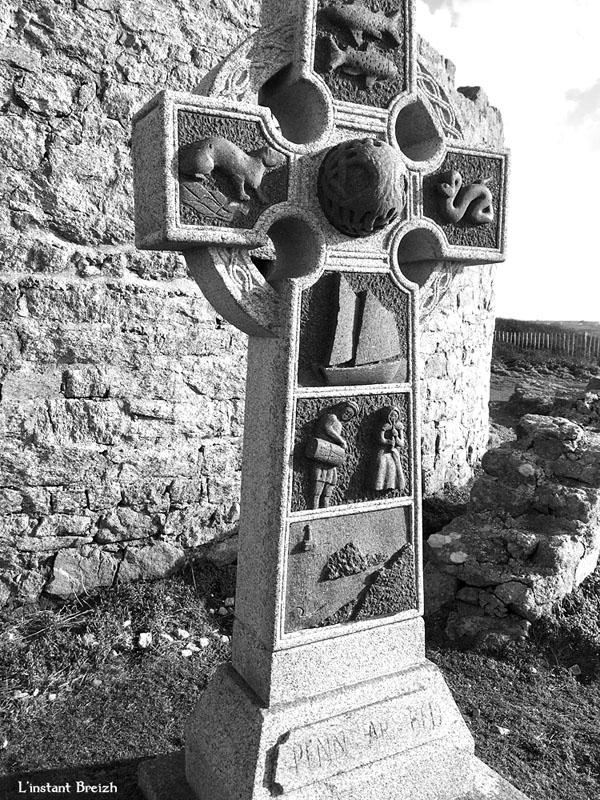 Croix celtique à la Pointe du Raz