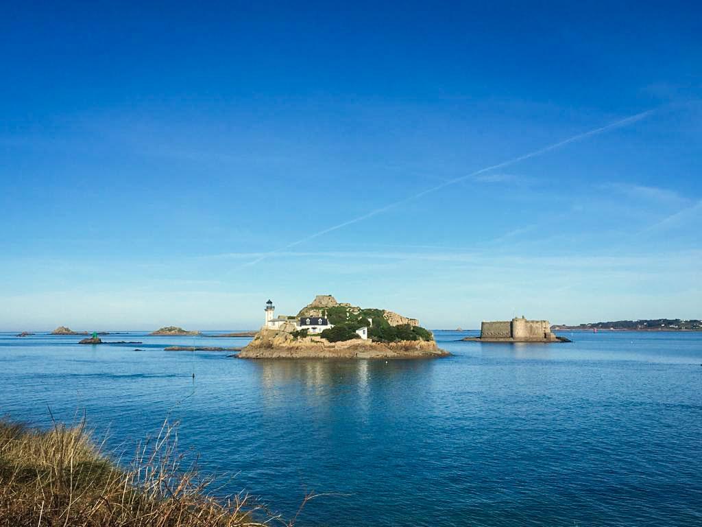 l'Ile Louet et le Château du Taureau